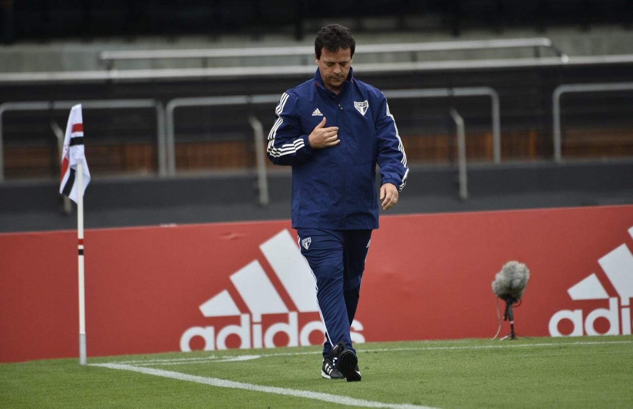 Fernando Diniz elogia criação do São Paulo e sai em defesa de Pato: