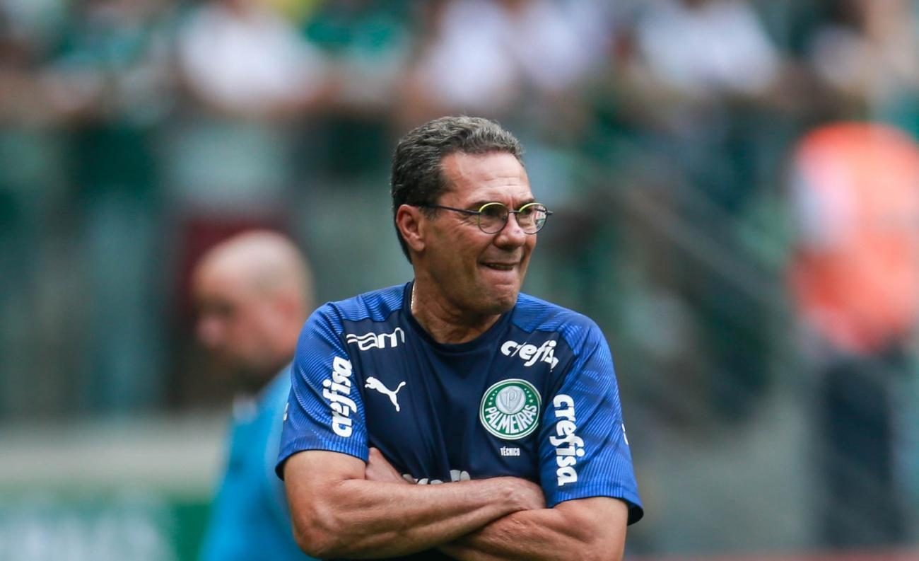 Luxemburgo cita emoção por volta a estádio do Palmeiras e elogia estreia de Viña