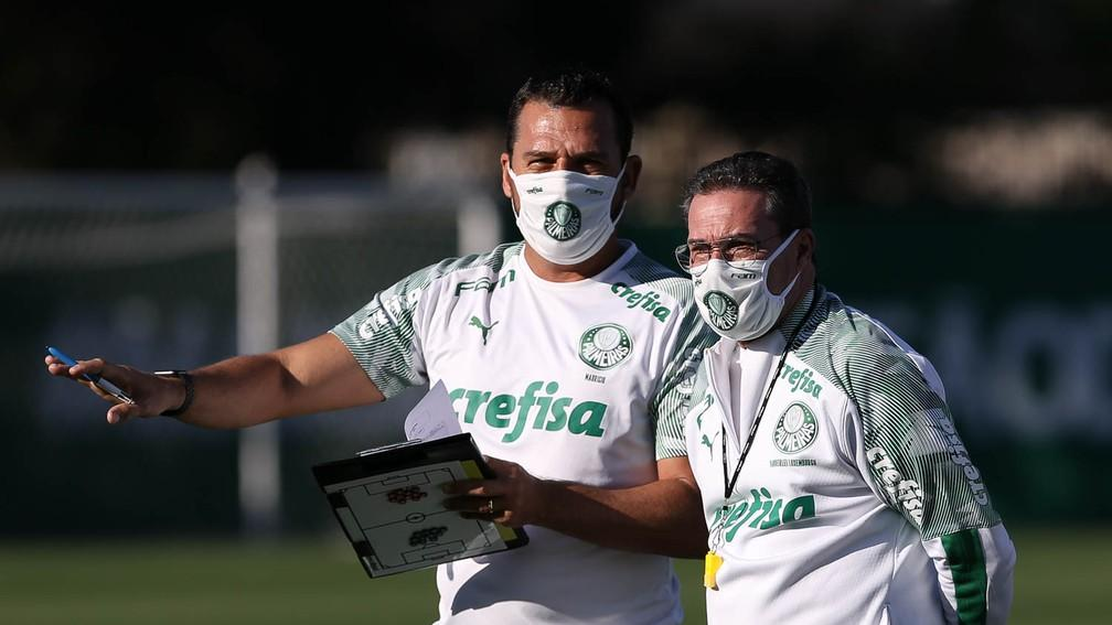Palmeiras encerra preparação para o Dérbi com treino tático; veja a escalação