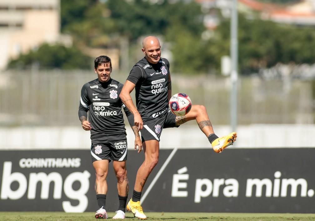 Corinthians intensifica treino de finalizações na expectativa de voltar a jogar na próxima semana
