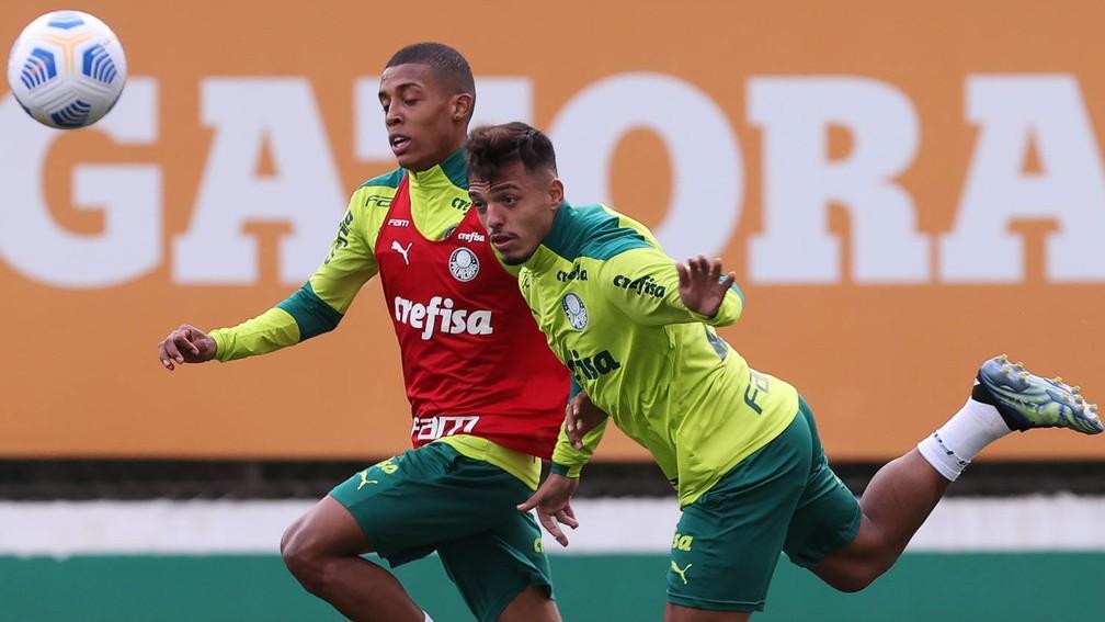 Escalação: Palmeiras pode ter o retorno de Gabriel Menino no time titular para o Dérbi