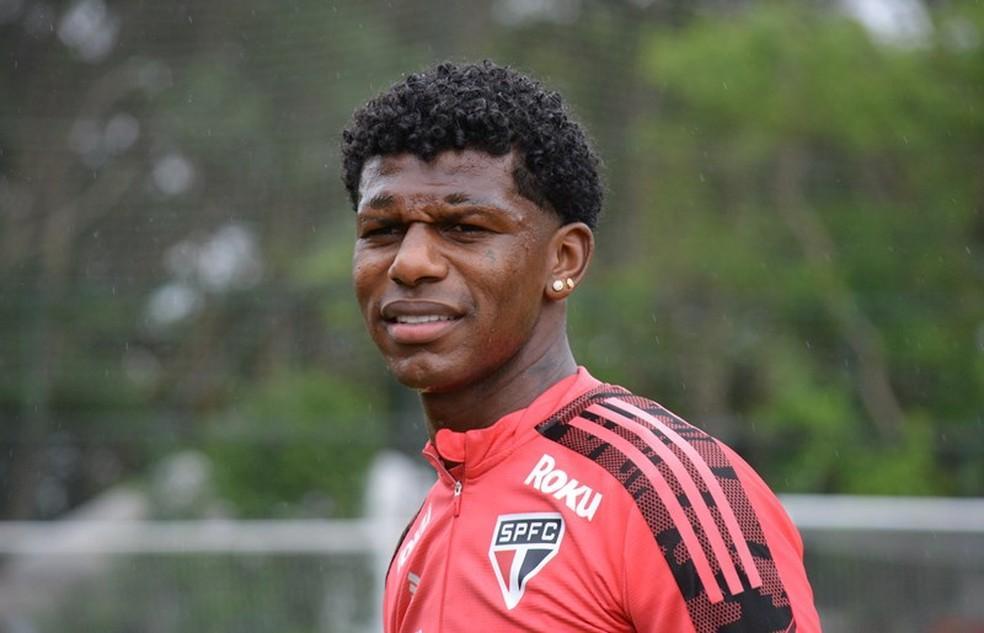 Escalação do São Paulo: Arboleda se reapresenta, treina e reforça o time contra o Corinthians